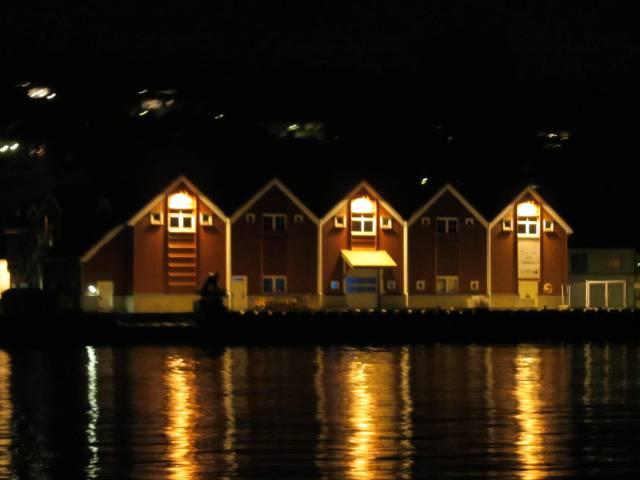 Fiskernes Salgslag. Nattbilde fra sundet