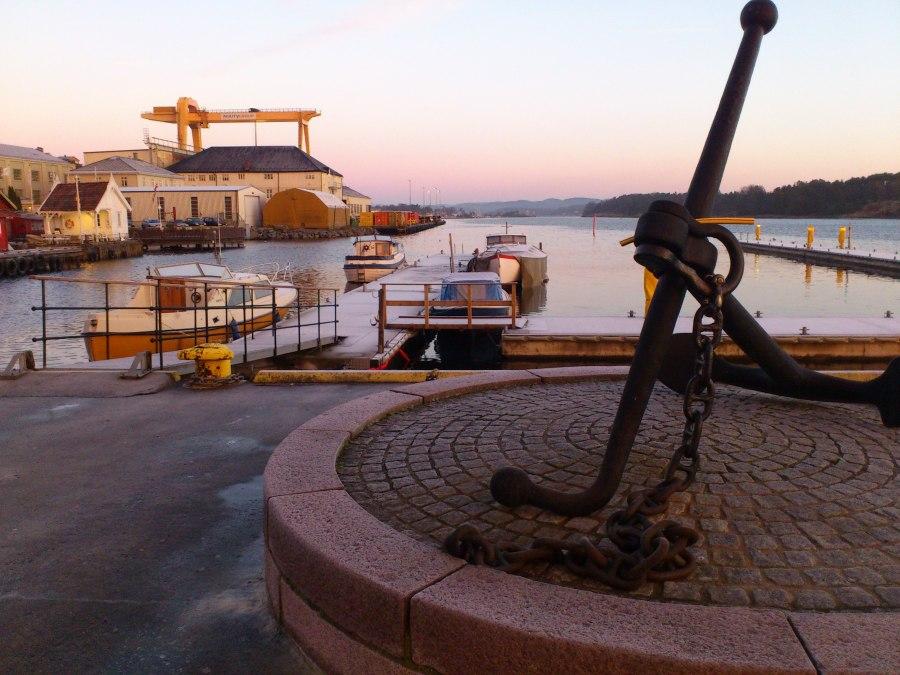 Sen høst med morgen sol i Langesund