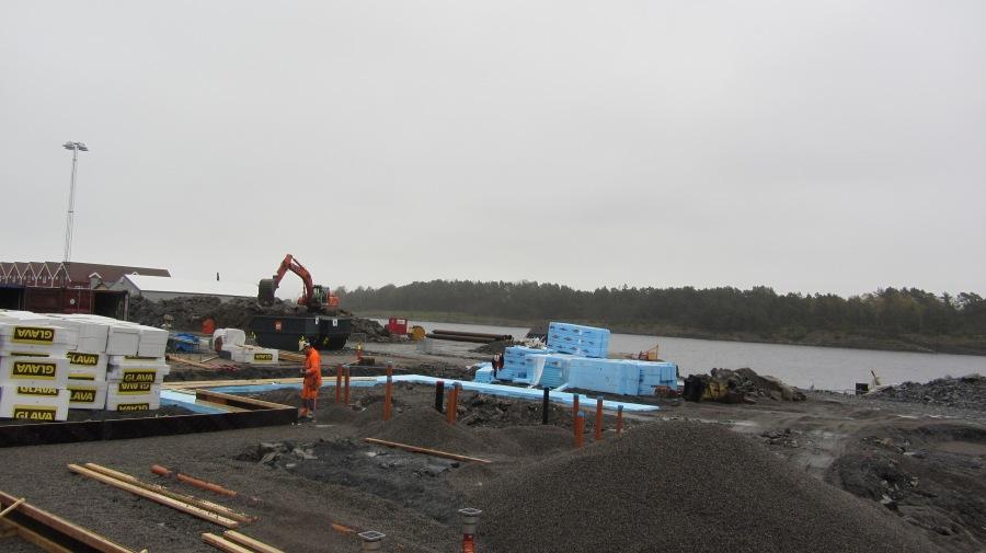 Terminalbygget, før bunnplata støpes, 27.4.2012