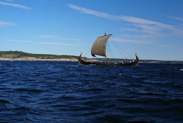 Vikingskip i Gamle Langesund